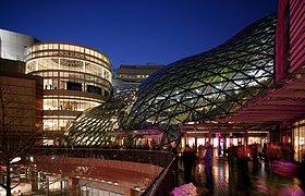 波兰金色阶梯购物中心