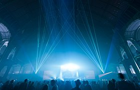 法国电子乐之夜舞台