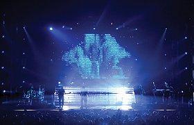 英国大举进攻乐队世界巡回演唱会舞台