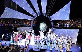 """英国2010""""致星星与远方""""晚会舞台设计"""