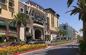 加州Santa Row住宅景观