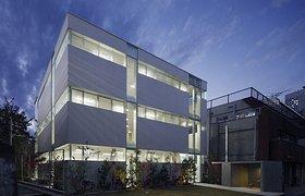 日本纯白办公楼