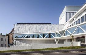 芬兰库奥皮奥城市剧院翻新与扩建
