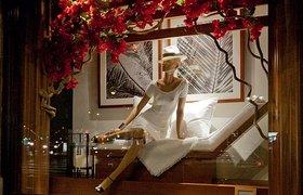 法国巴黎Ralph Lauren 2015春季橱窗设计