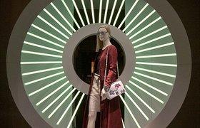 法国巴黎Dior迪奥2015春季橱窗设计