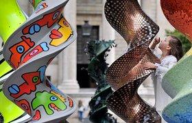 英国DNA 雕塑