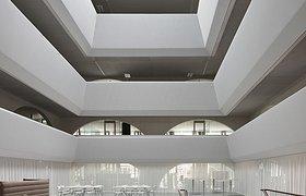 瑞士兰德夸特OKK总部办公楼
